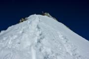 cca 200 mnv od vrha